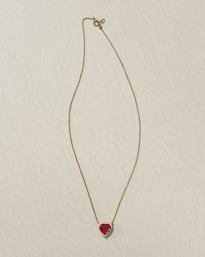 RUBI HEART NECKLACE